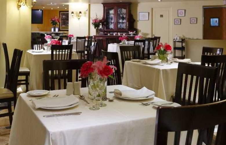Plaza Del Bosque - Restaurant - 18