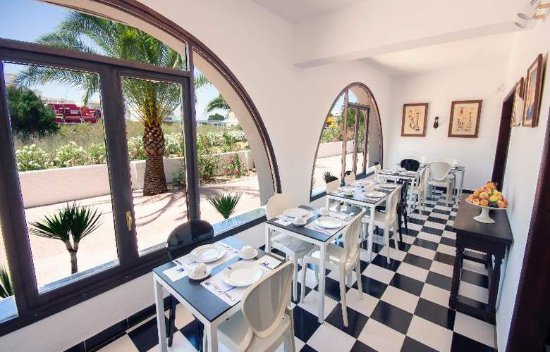 Azuline Hotel Galfi - Restaurant - 28