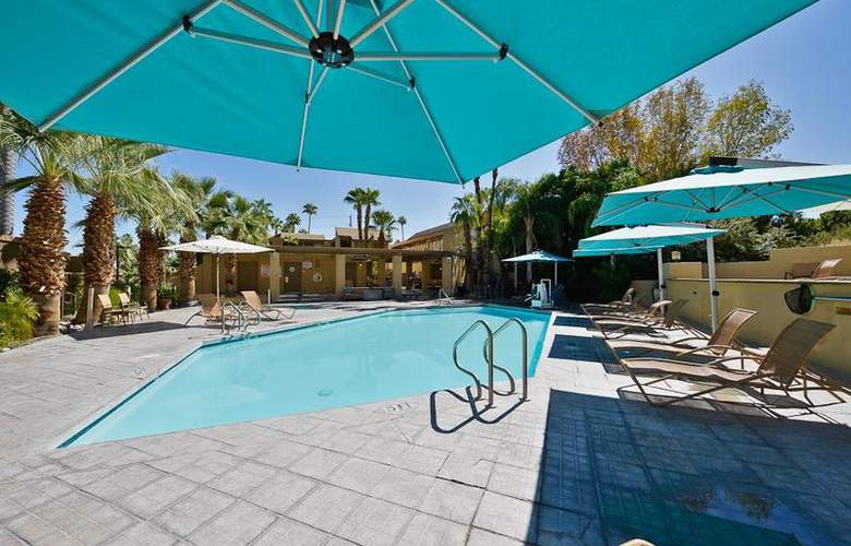 Best Western Inn at Palm Springs - Pool - 115