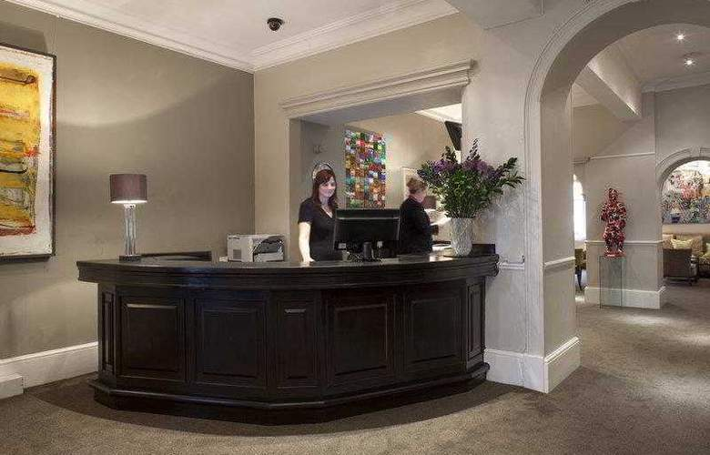 Best Western Abbey - Hotel - 29