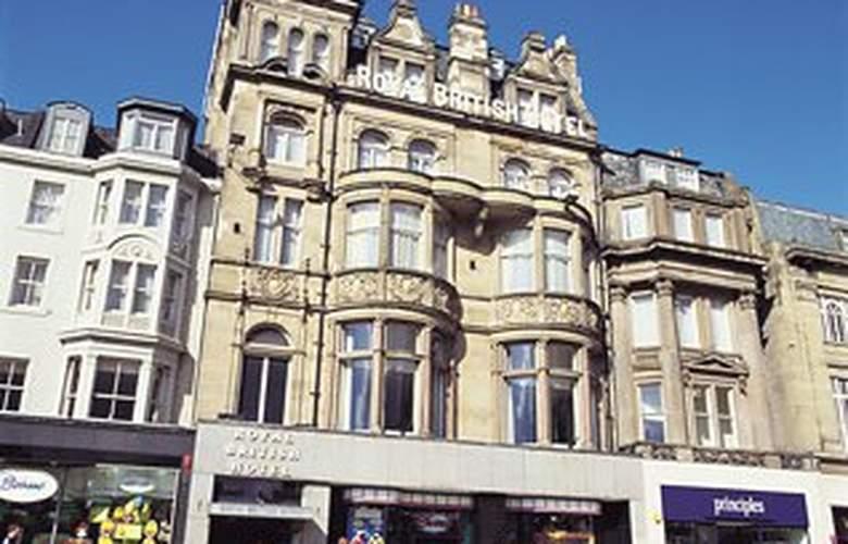Royal British Hotel - Hotel - 0
