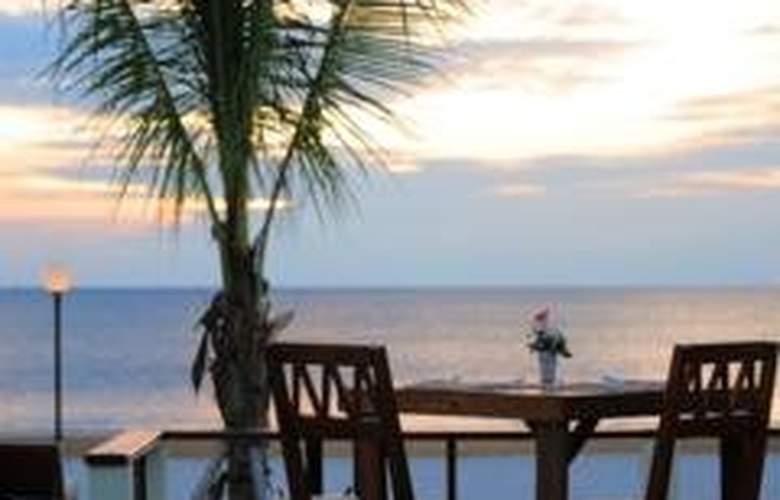 The Sea House Beach Resort - Restaurant - 12