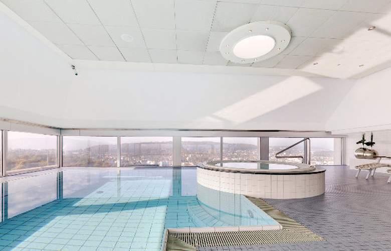 Swissotel Zurich - Pool - 5