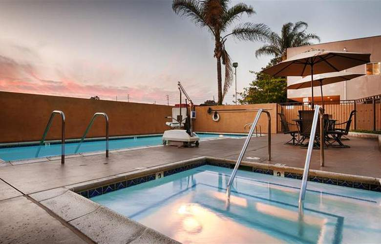 Best Western Los Alamitos Inn & Suites - Pool - 23