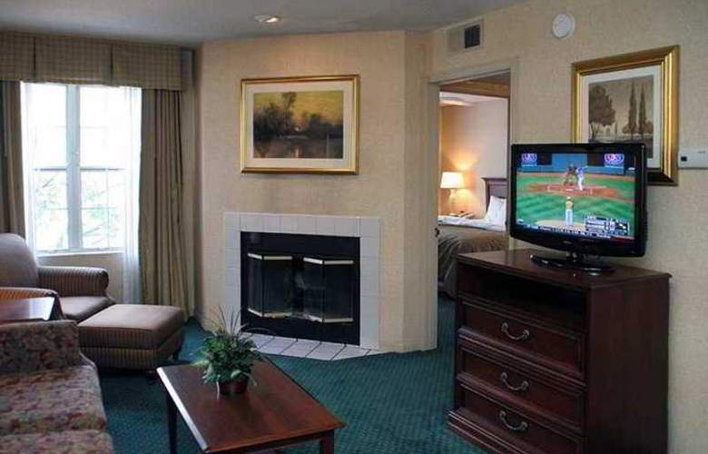 Homewood Suites Columbus Worthington - Hotel - 3