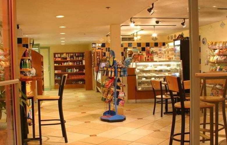 Best Western Plus Orlando Gateway Hotel - Hotel - 30