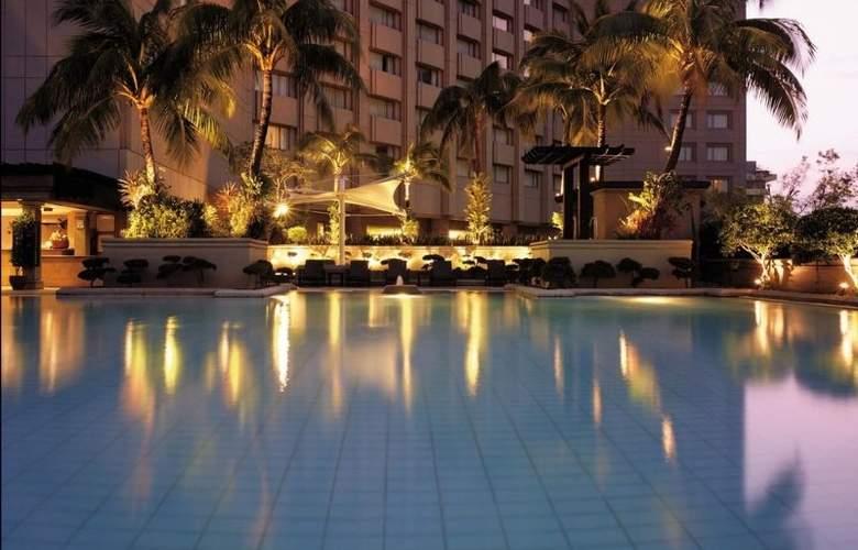 Makati Shangri-la Manila - Pool - 5