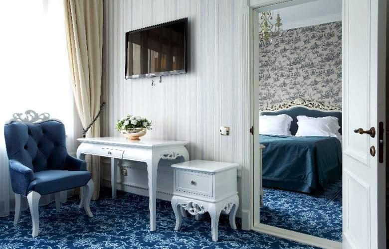 Royal Olympic Hotel - Hotel - 4