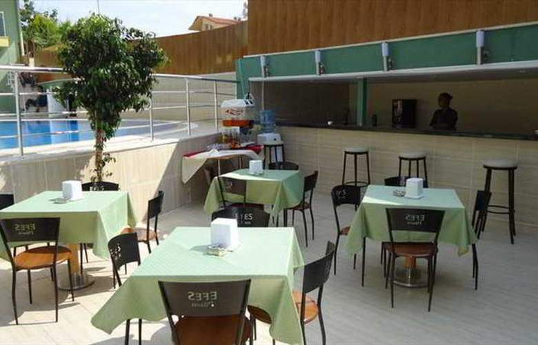 Tur&Tel Hotel - Terrace - 11