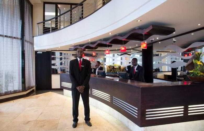 Premier Hotel ELICC - General - 9