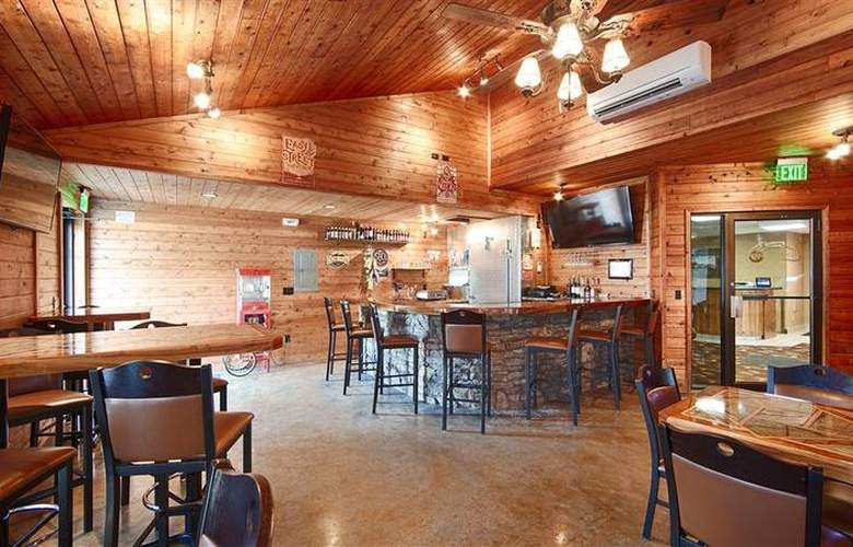 Best Western Black Hills Lodge - Restaurant - 49