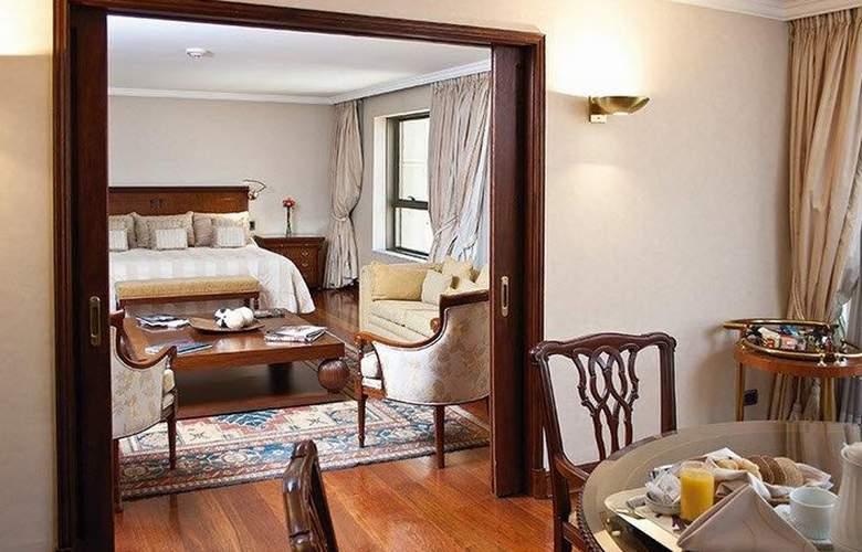 Plaza El Bosque Ebro - Room - 12