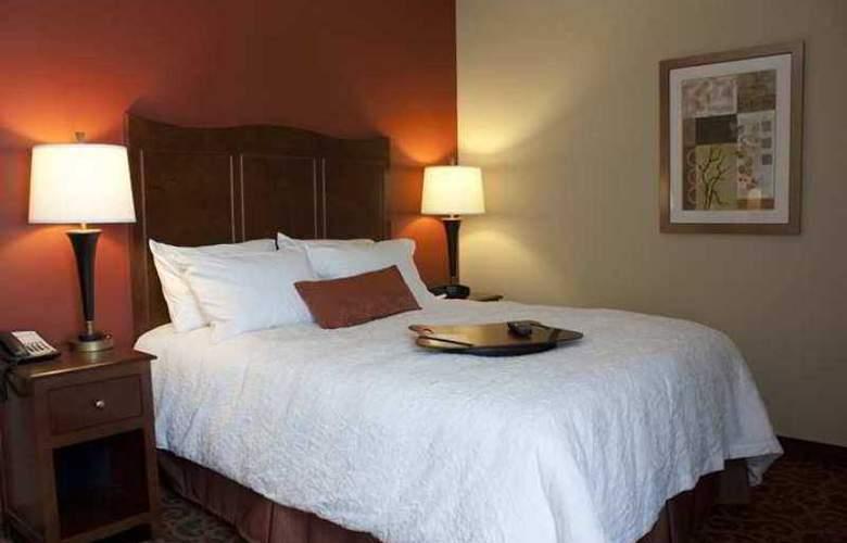 Hampton Inn Burlington - Hotel - 2