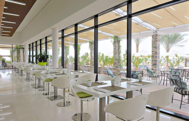 Park Inn by Radisson Abu Dhabi, Yas Island - Restaurant - 4