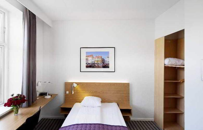 Copenhagen Crown - Room - 20