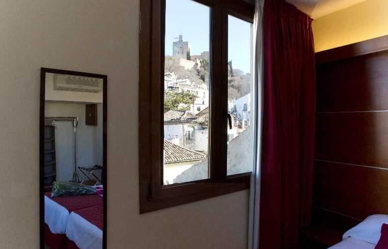 Puerta de las Granadas - Room - 14