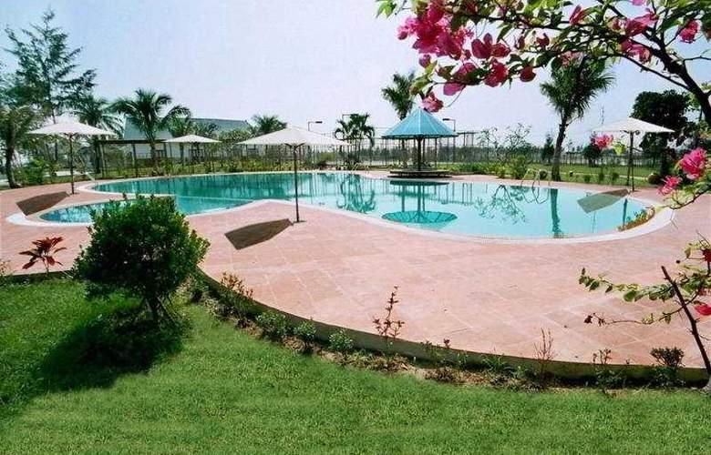 Tam Giang Resort & Spa - Pool - 9