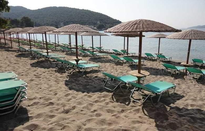 New Aegli - Beach - 7