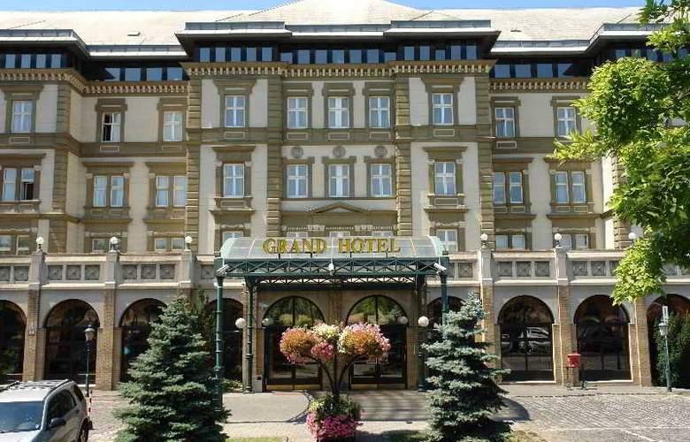 Danubius Grand Hotel Margitsziget - Hotel - 6
