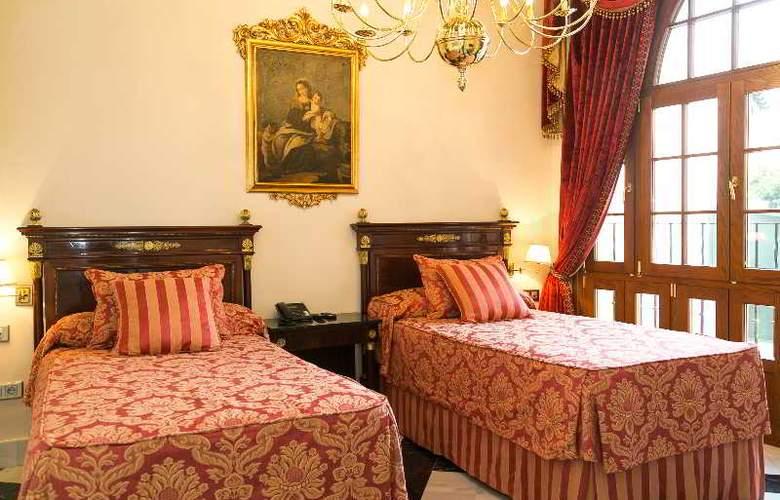 Ateneo Sevilla - Room - 12