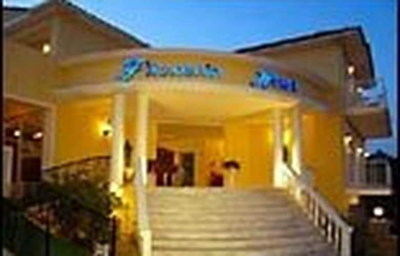 Filoxenia Aparthotel - Hotel - 0