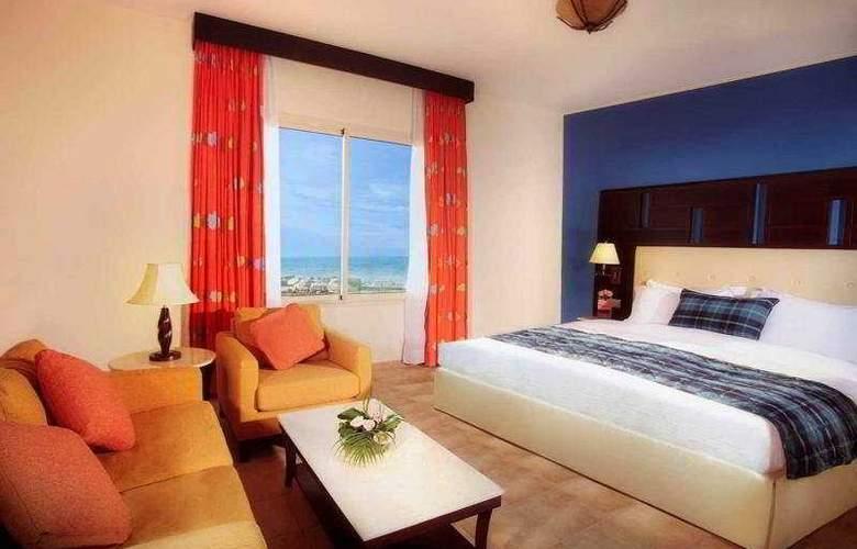 Afamia Rotana Beach Resort - Room - 4
