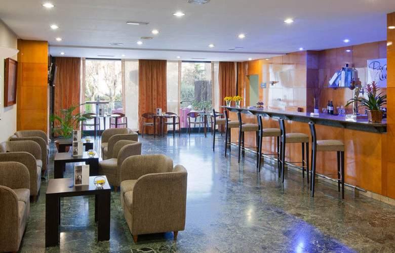 NH Madrid Ventas - Bar - 3