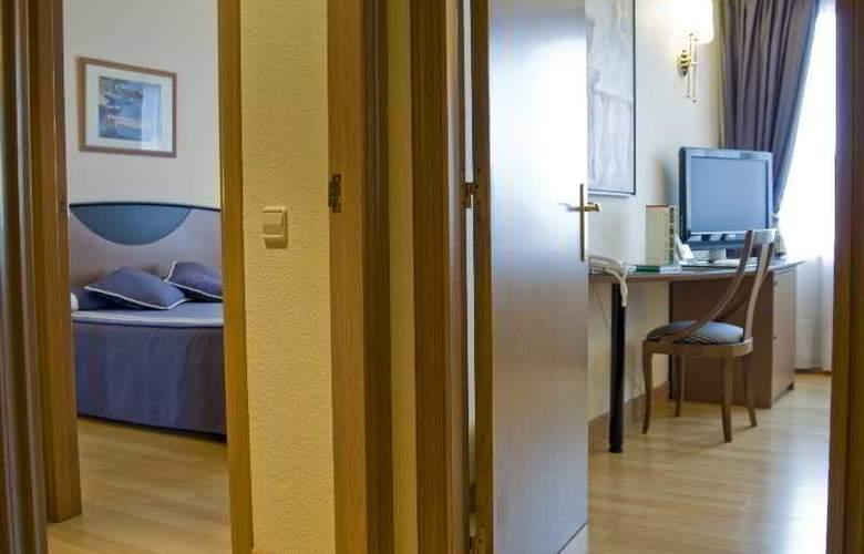 Albret - Room - 8