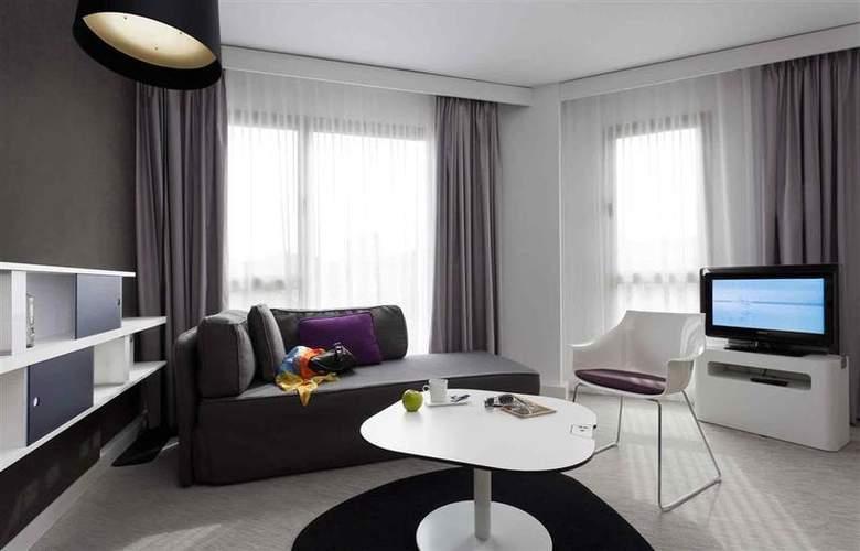 Novotel Suites Malaga Centro - Room - 10