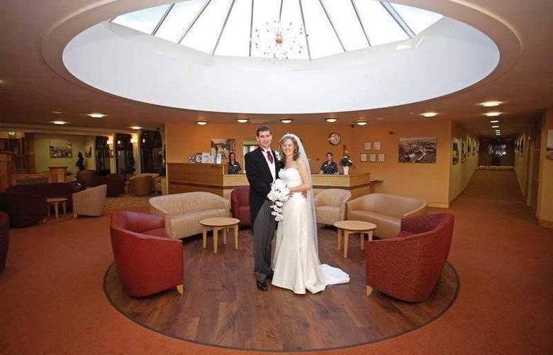 Best Western Forest Hills Hotel - Hotel - 41