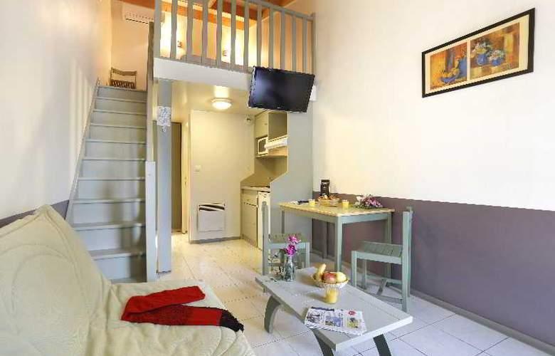 Resid Price - Room - 10