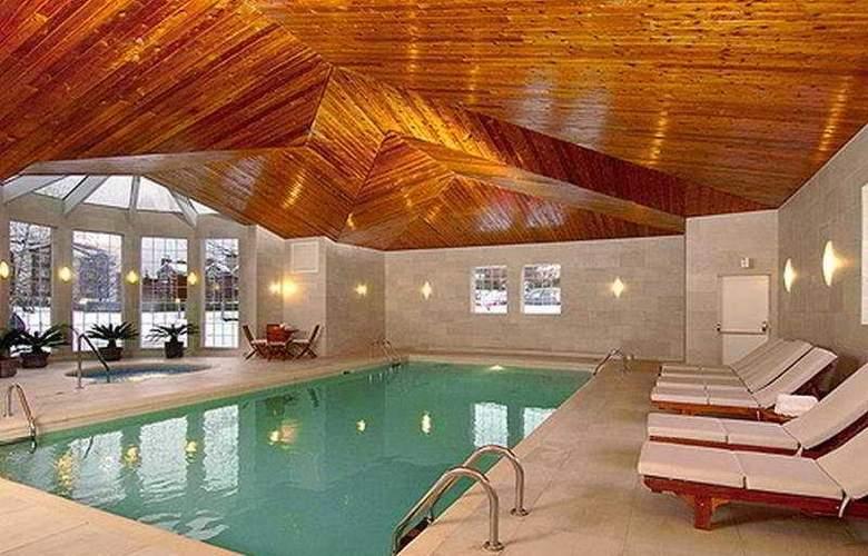 Manoir Saint-Sauveur - Pool - 7