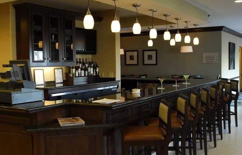 Hilton Garden Inn Hampton Coliseum Central - Bar - 1