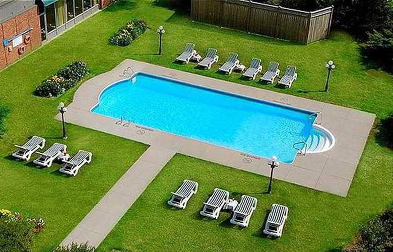 Holiday Inn Harbourview Halifax - Pool - 5