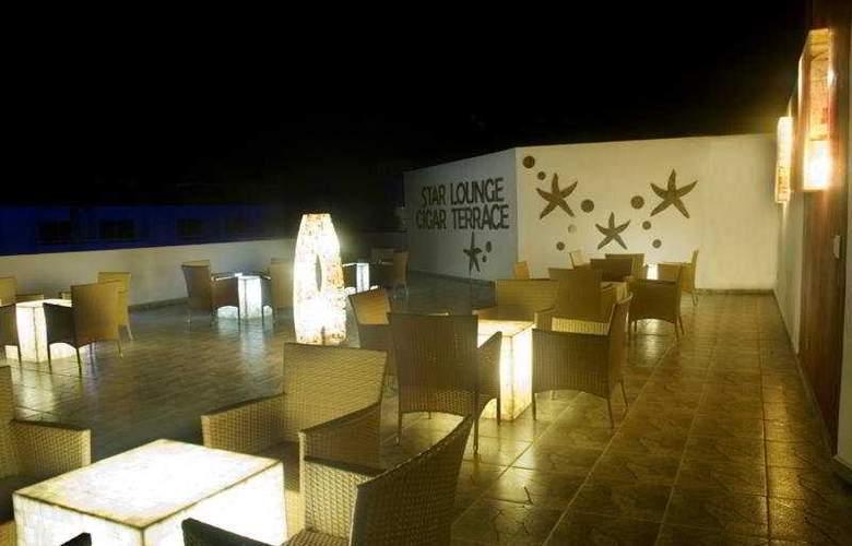 La Isla Huatulco - Terrace - 11