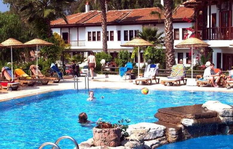 Yucelen Hotel Gokova - Pool - 8