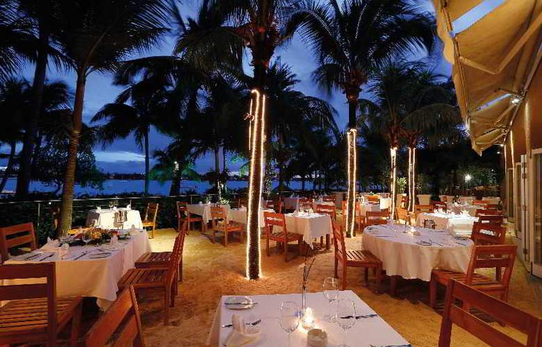 Mauricia Beachcomber Resort & Spa - Restaurant - 35