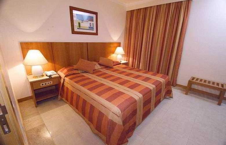 Interpass Vauhotel Apartamentos - Room - 2