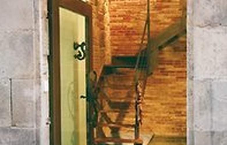 AinB Gothic-Jaume I Apartments - Hotel - 0