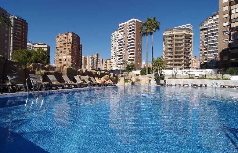 Sandos Monaco Beach Hotel and Spa - Pool - 3