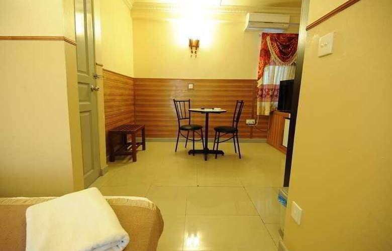 Luckyhiya - Room - 19