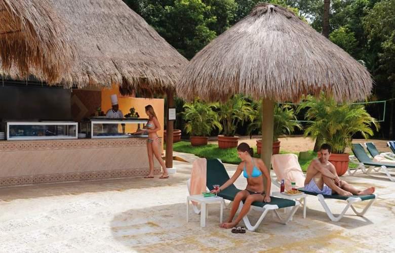 Hotel Riu Lupita - Terrace - 6