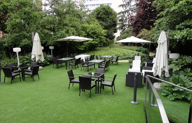 Ayre Gran Hotel Colon - Terrace - 5