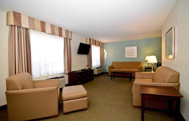 Best Western Chocolate Lake Hotel - Hotel - 55