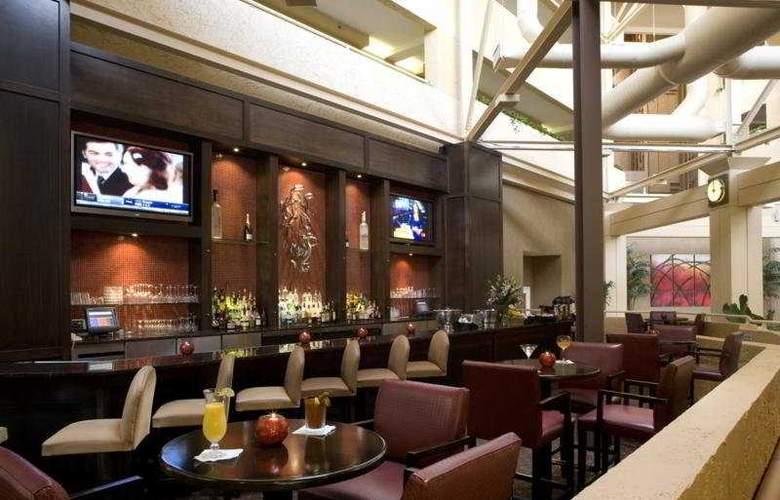 Wyndham Jacksonville Riverwalk - Bar - 4