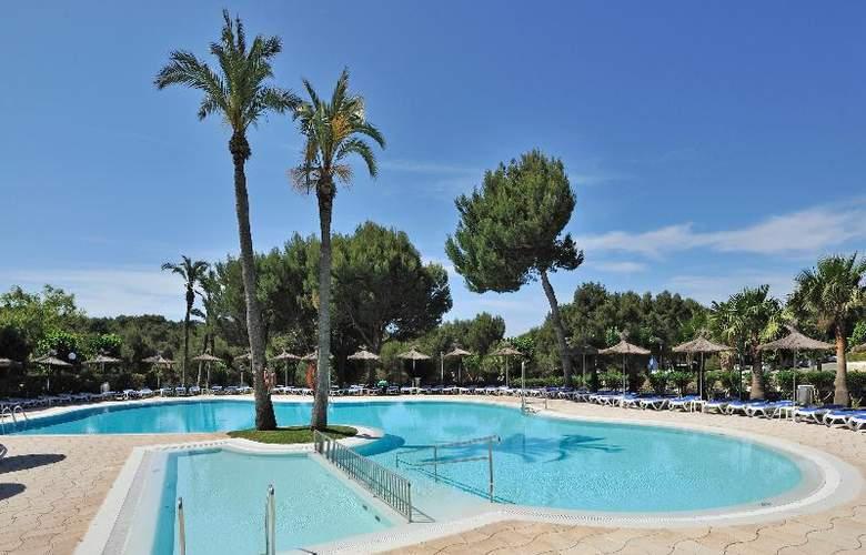 Globales Mediterrani - Pool - 13