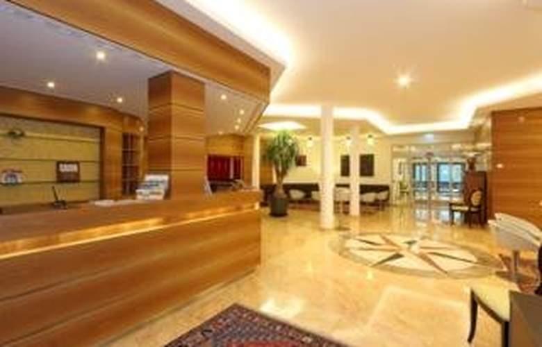 Coronado Hotel - General - 1