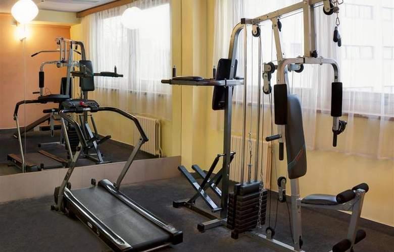Luxury Family Hotel Bílá Labut - Sport - 82