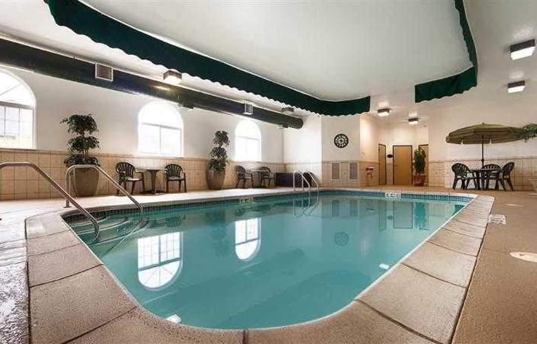 Best Western Plus Macomb Inn - Pool - 62