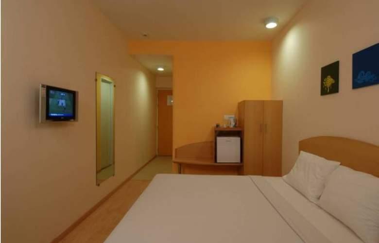 Ginger Faridabad - Room - 1